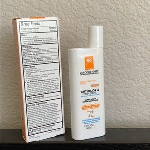 Makeup - • Face Sunscreen